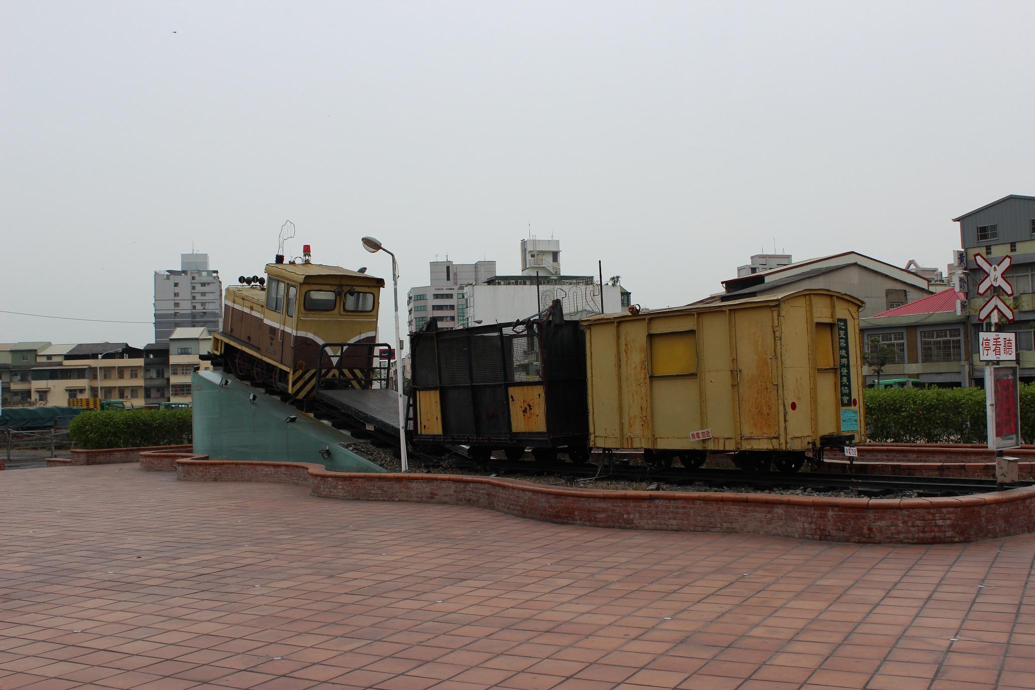 斗南駅前の五分車