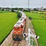 絶景の台湾鉄路 2015年夏の旅 Part4 台中港線の貨物列車、海線の木造駅舎を撮る