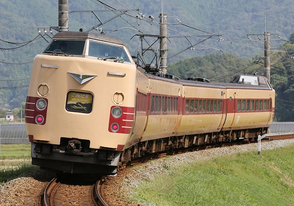 運用終了関西の381系/2015.11.17/Posted by 893-2