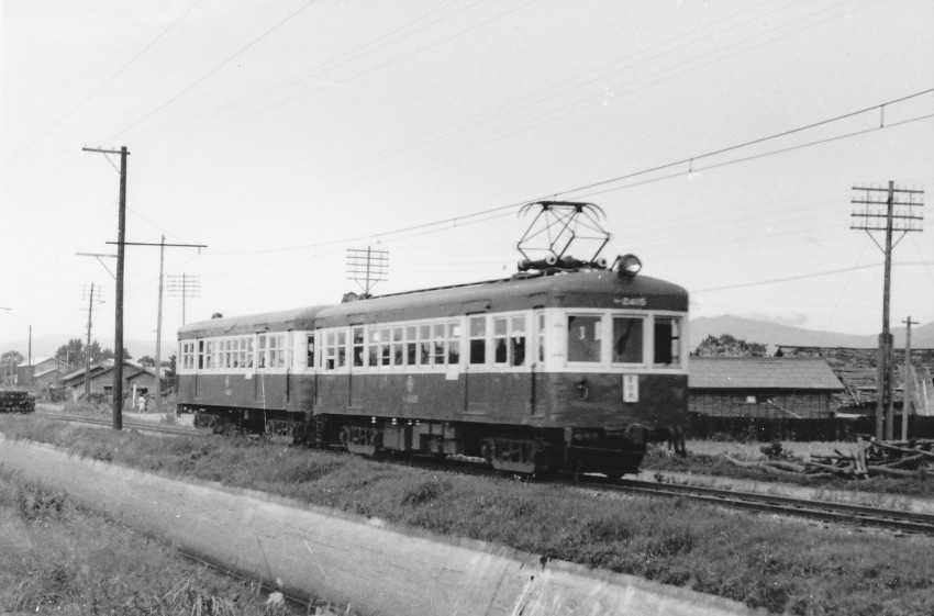 電車区から古間木に伸びる線は渋沢開墾地をまっしぐらに