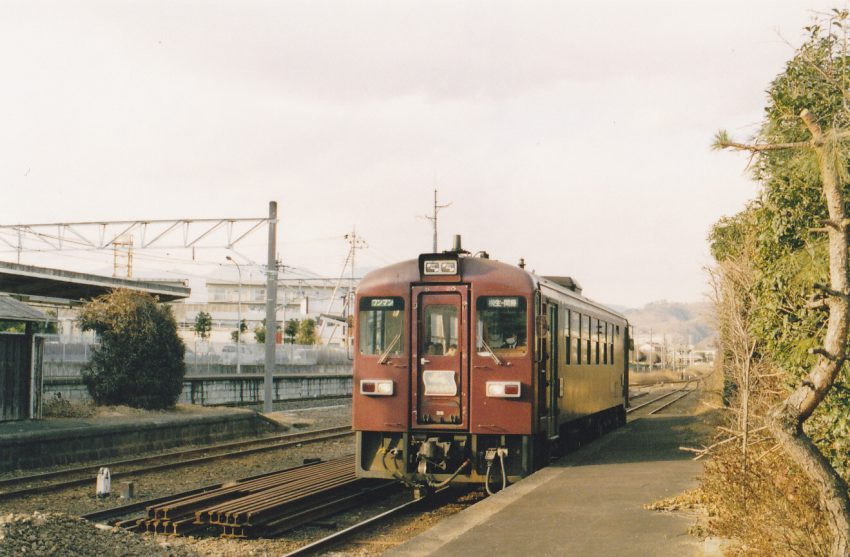 銅山で有名な足尾鉱山のDCをモデルにした。その原型が桐生駅に入線