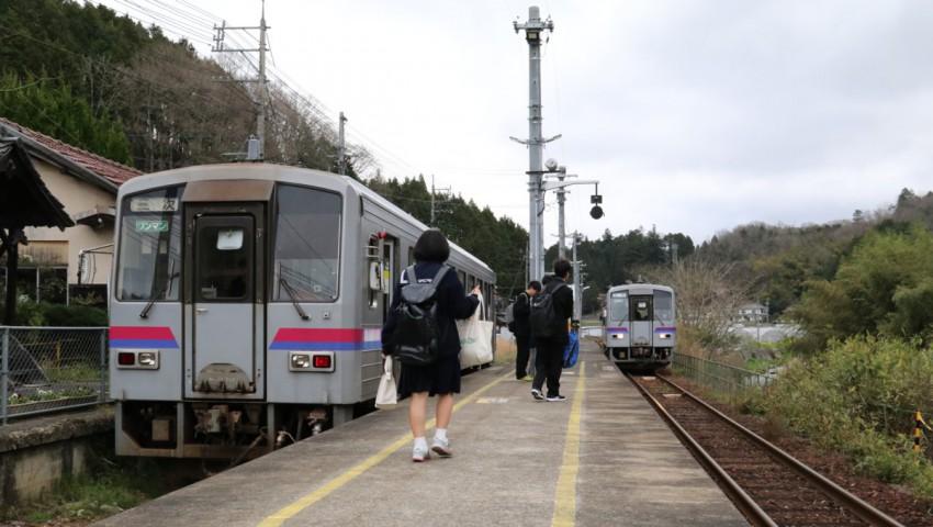 H28-4-11 備後矢野駅
