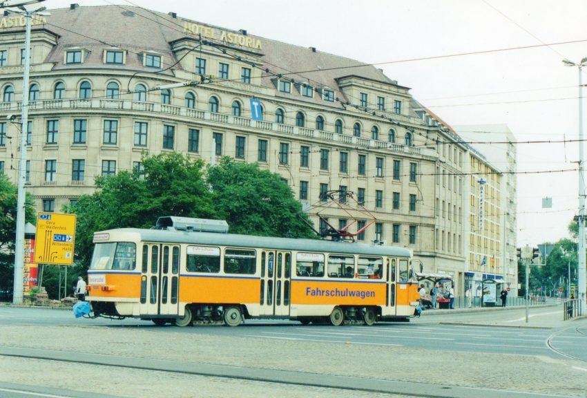 ドレスデン 作業車、両面カップラ-装備、台車は客車と共通