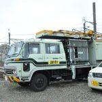 富山の架線修理車