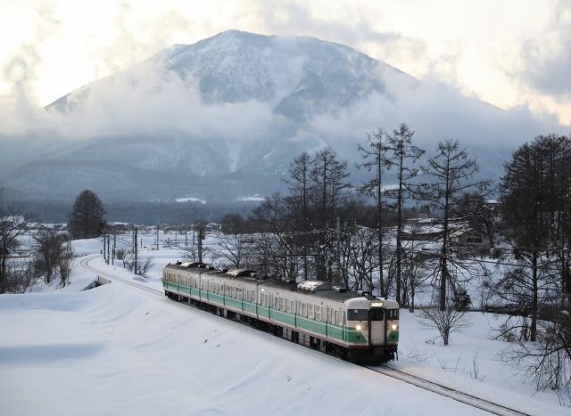 しなの鉄道115系妙高夕景/2019.3.24/Posted by 893-2